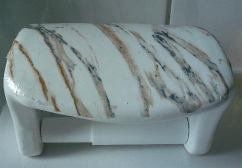 Toilettenpapierhalter aus Keramik Dekor weiß Form glatt Druck Marmor hergestellt in Deutschland
